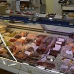 Wursttheke - Priener Regional- und Biomarkt