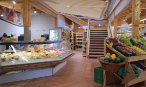 Regional- und Biomarkt in Prien - unsere Fleisch und Käsetheke